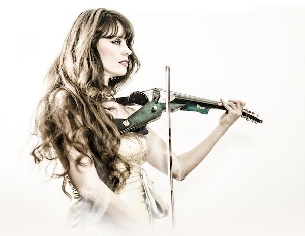 violon électrique côte d'azur, violoniste électrique cannes, violon électrique monaco, violoniste saint tropez, violoniste saint jean cap ferrat, violoniste classique cote d'azur, une violoniste