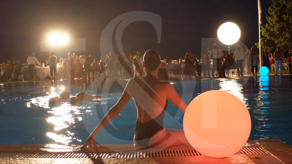 spectacle aquatique cote d'azur, spectacle aquatique, spectacle eau, spectacle piscine, nageuses, ballet aquatique